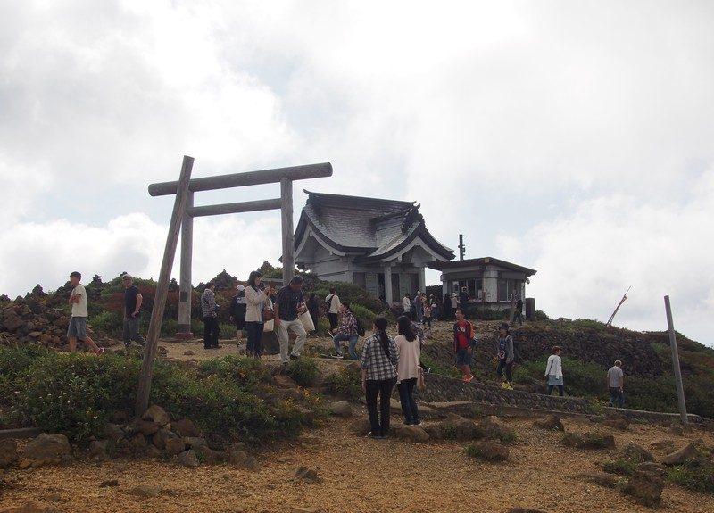 刈田嶺神社に参拝にいきます