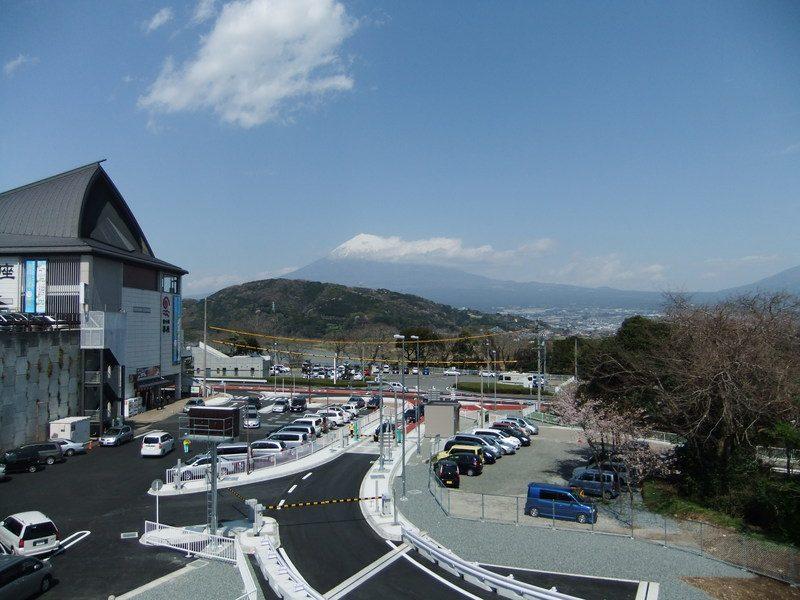 浜名湖SAの駐車場