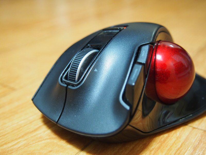 エレコム ワイヤレスマウス トラックボール 6ボタン ブラック M-XT3DRBKのレビュー