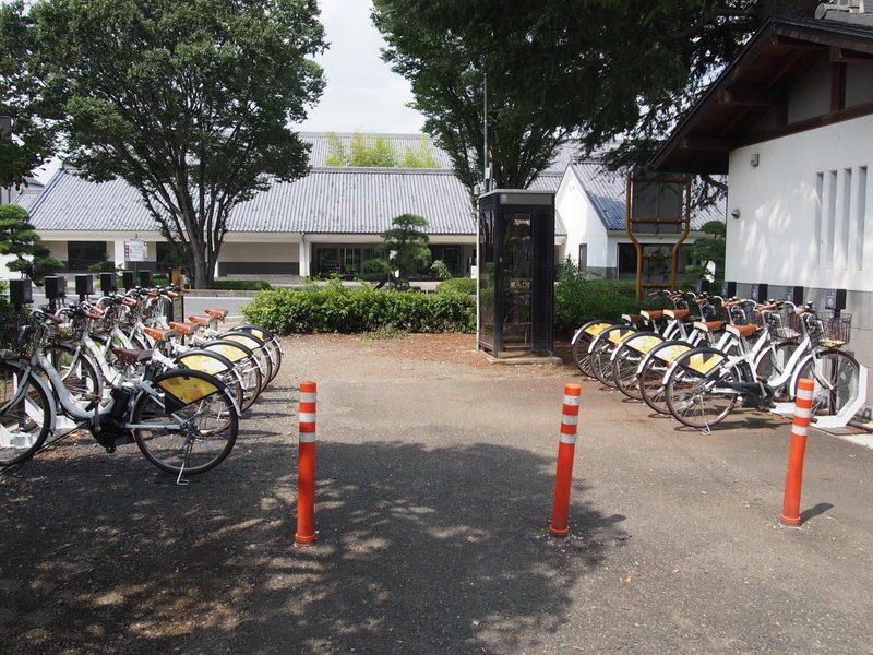 小江戸川越の本丸御殿前にあるレンタサイクルの貸し出し・返却ステーション。