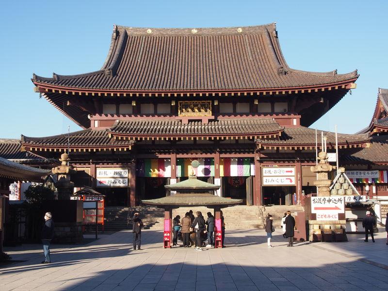 川崎大師の大本堂。